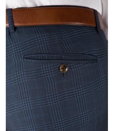 Garniturowe spodnie w granatową kratę SM8017