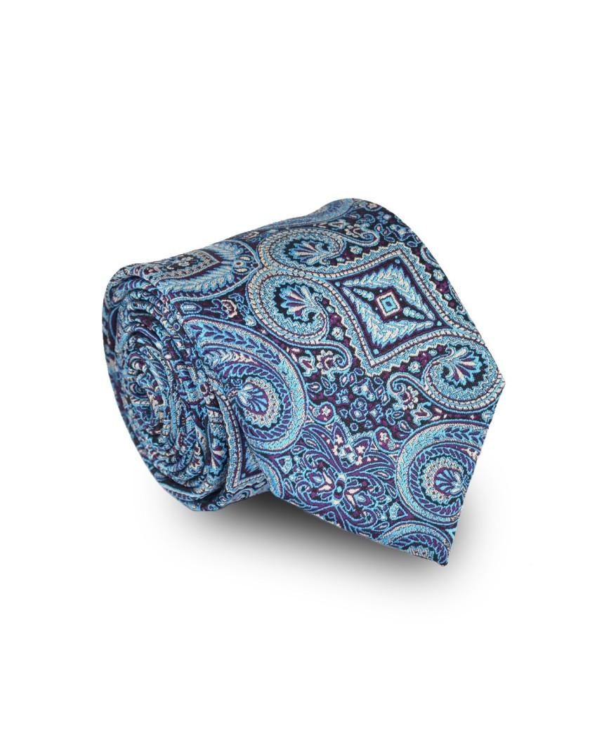 Krawat w błękitny wzór